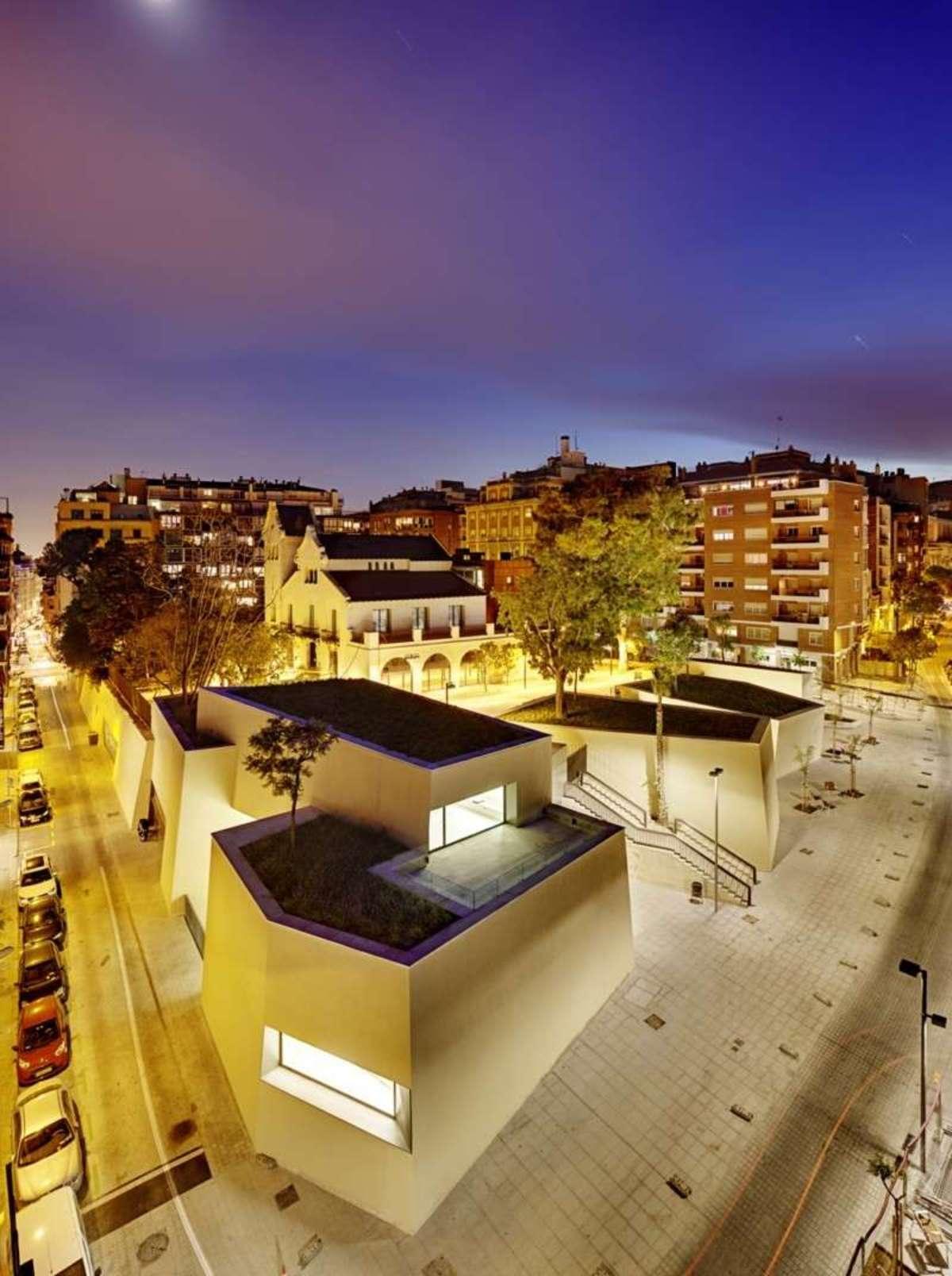 Bcq arquitectura biblioteca joan maragall barcelona - Arquitectura barcelona ...