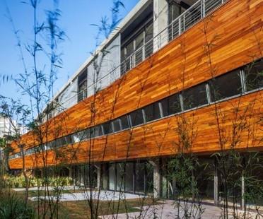 FGMF Architects: Corujas Building