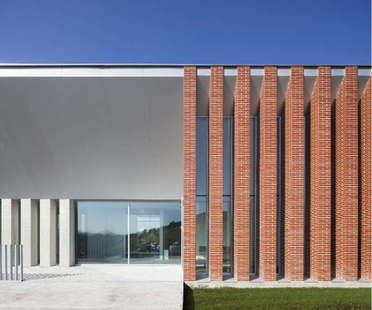 Otxotorena Arquitectos: oficinas y sede central del COAS
