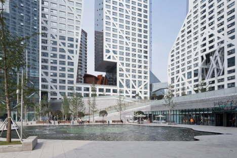 Steven Holl Architects Sliced Porosity Block ph. Iwan Baan