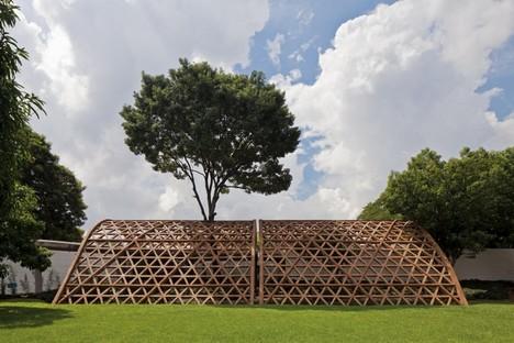 Gabinete de arquitectura, Teleton, Asuncion, Paraguay, 2010 © Leonardo Finotti