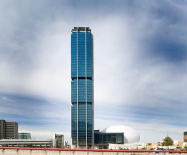 En SpazioFMG Landa Arquitectos & Piuarch
