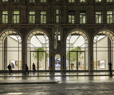Foster + Partners Apple Flaghship Store Regent Street Londres