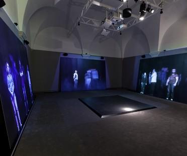 MaxFine en los Museos Vaticanos con Studio Azzurro In Principio (e poi)