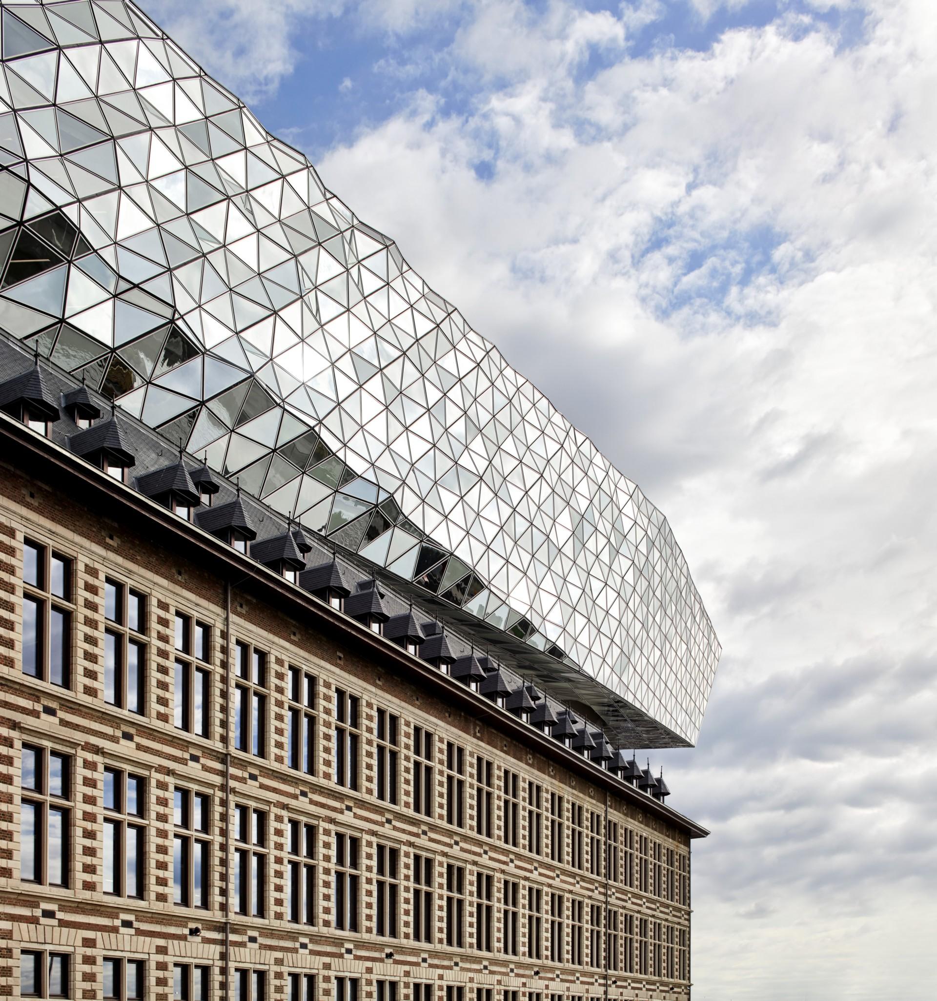 Un año sin Zaha Hadid, la herencia de una arquitecta