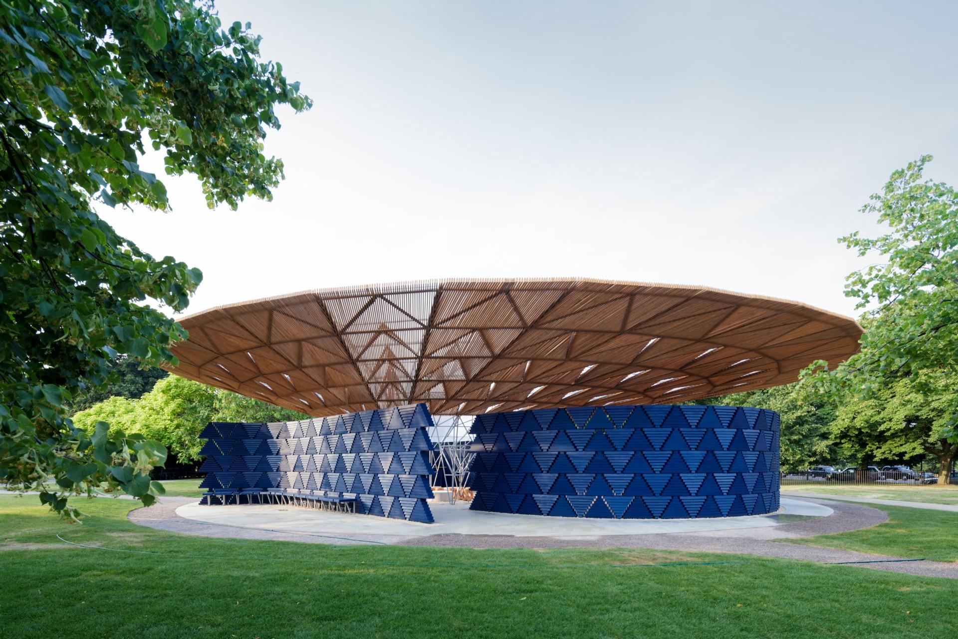 Inaugurado el Serpentine Pavilion de Diébédo Francis Kéré