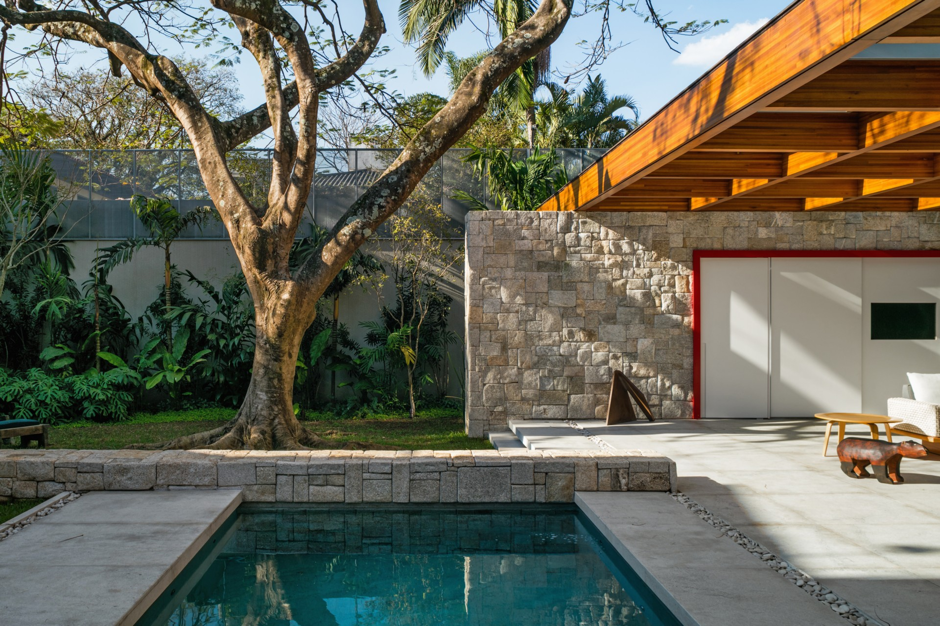 Perkins + Will Architecture House around the Tree São Paulo Brasil
