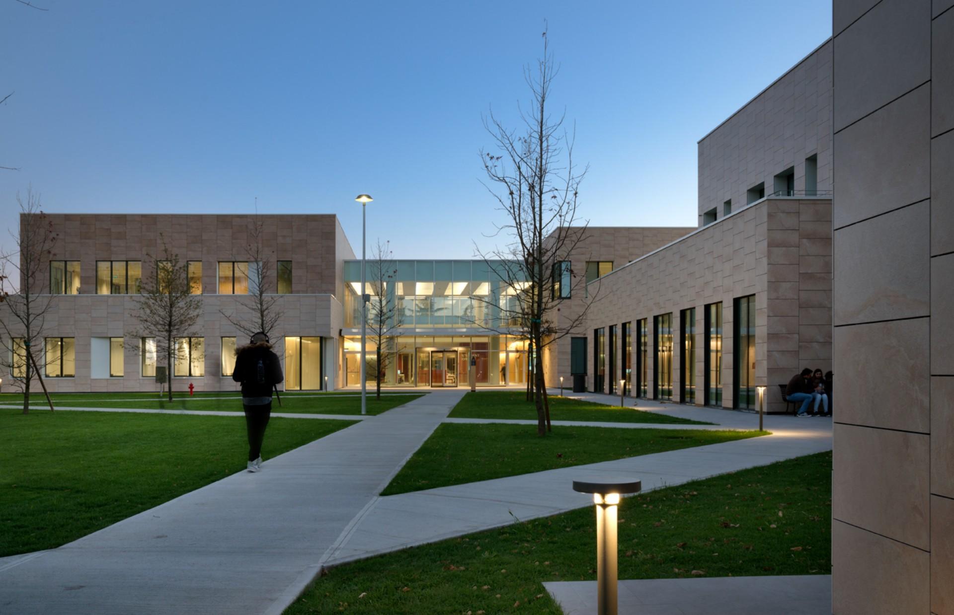 Filippo Taidelli Campus Humanitas University Milán