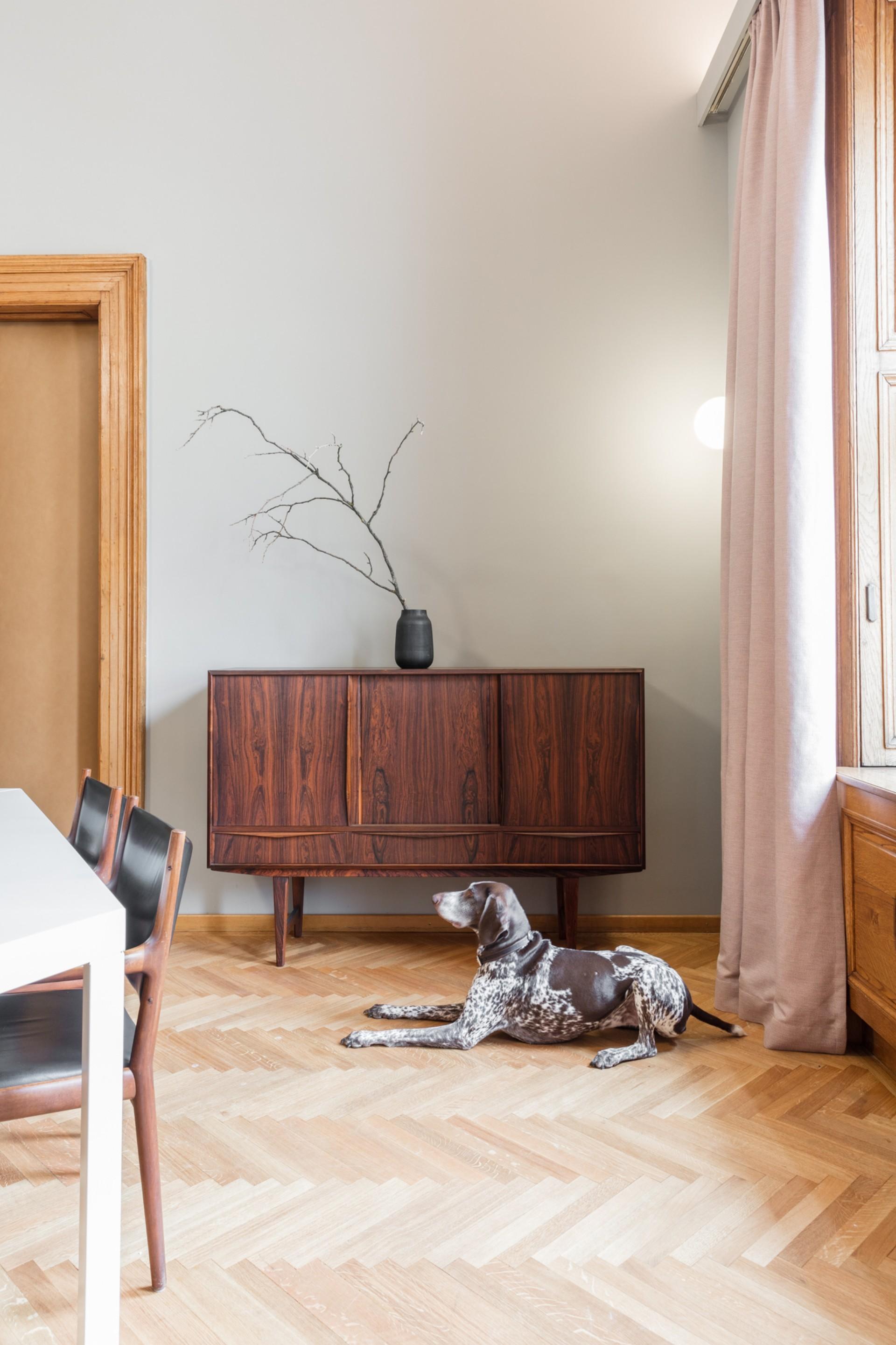 Powerhouse Company y AllesWirdGut dos ejemplos diferentes de interiorismo para oficinas