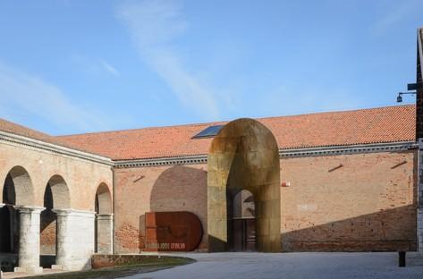 Kenneth Frampton León de Oro a la carrera Bienal de Venecia 2018