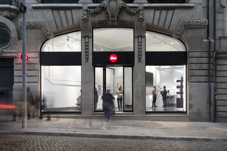 DC10 Architects Tienda Leica Milán Turín Roma Oporto