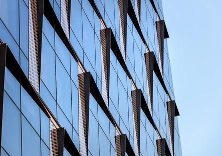 35XV un rascacielos con lentejuelas en Manhattan de FXCollaborative