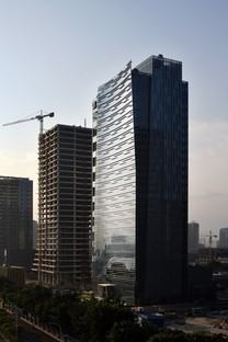 Fxcollaborative una onda luminosa para el Fubon Fuzhou Financial Center