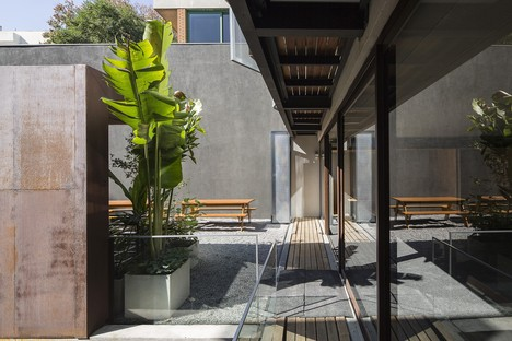 Reinach Mendonça Arquitetos y SuperLimão Studio para Girassol Building São Paolo Brasil