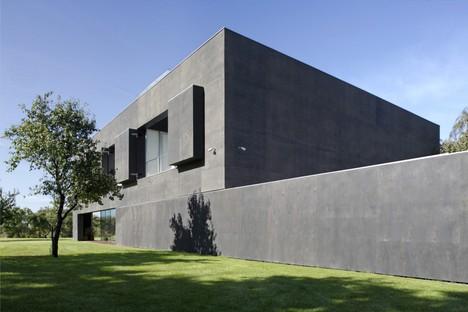 Exposición Robert Konieczny Moving Architecture en Berlín