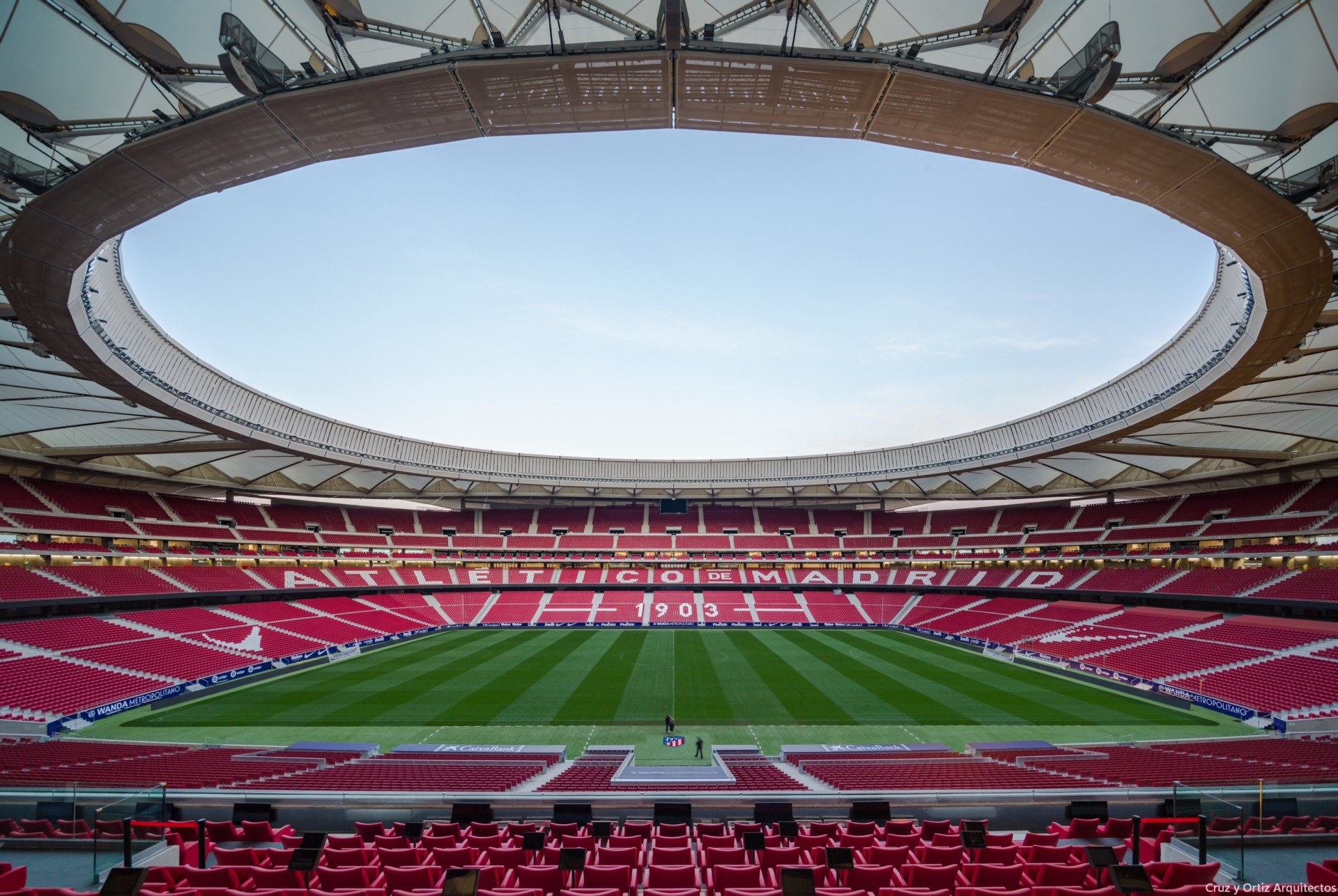 Un Nuevo Reportaje Fotografico Para El Estadio Del Atletico De
