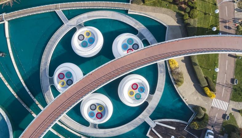 Las arquitecturas efímeras de WAO - Lily, para Futuroscope, en Poitiers