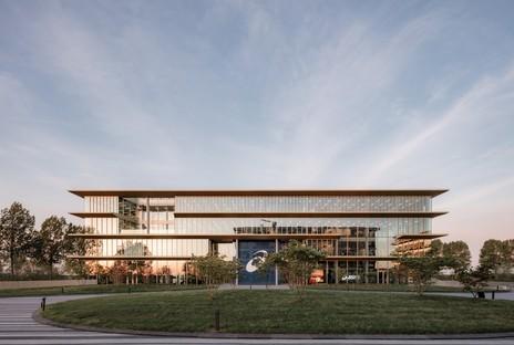 Powerhouse Company Headquarters para el EMEA de ASICS
