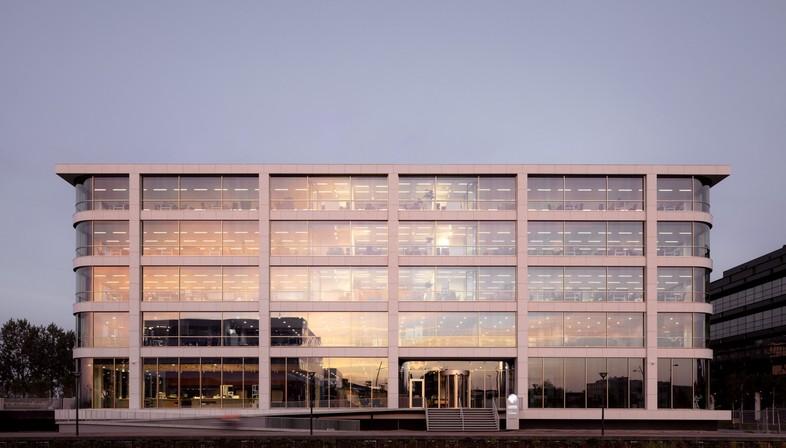 Powerhouse Company sede Danone en Hoofddorp Países Bajos
