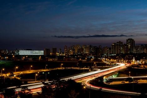 KAAN Architecten Universidade Anhembi Morumbi, dos campus en Brasil<br />