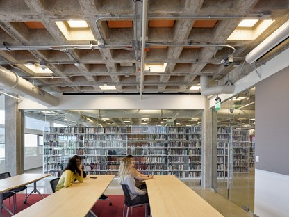 Behnisch Architekten – Robert L. Bogomolny Library, University of Baltimore