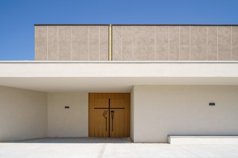 TAMassociati: la iglesia renacida del Varignano