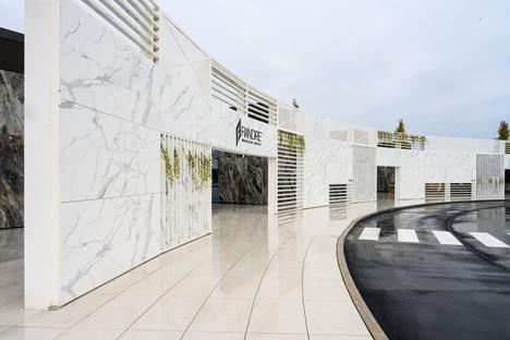 FAB Fiandre Architectural Bureau de Castellarano remodelación de Iosa Ghini Associati