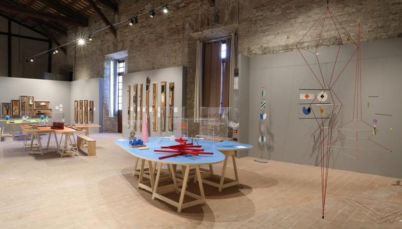 Exposición Toccare La Bellezza Maria Montessori Bruno Munari