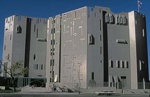 Exposición Gio Ponti Amare l'architettura en el MAXXI Museo Nacional de las Artes del Siglo XXI Roma