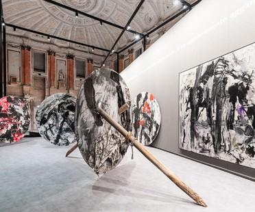 Alvisi Kirimoto firma el proyecto de instalación de la exposición EMILIO VEDOVA en el Palazzo Reale de Milán