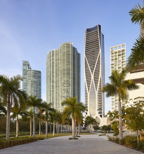 Zaha Hadid Architects One Thousand Museum un rascacielos con exoesqueleto en Miami