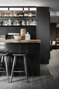 Lissoni Associati 75 Café and Lounge, bar de vinos en Ponte di Legno Brescia