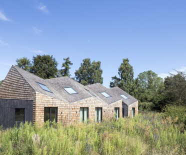 Blee Halligan Architects de henil a B&B, Five Acre Barn en Suffolk