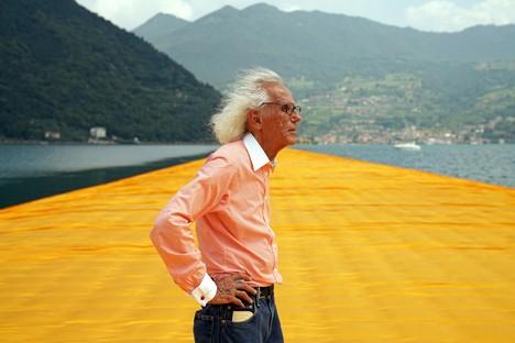 Adiós al artista Christo, pionero del land art