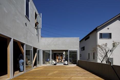 Yamazaki Kentaro Design Workshop una terraza en la ciudad Hayama House