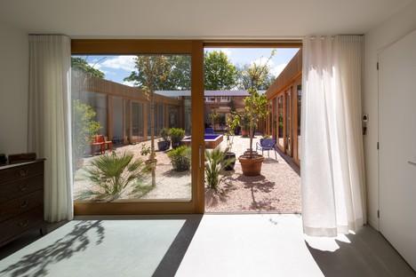 MVRDV transforma una oficina en vivienda Villa Stardust en Róterdam