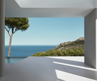 Vivir frente al mar Mediterráneo Costa Brava House de Mathieson Architects