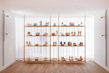 PuccioCollodoro Architetti, un proyecto Minimal Pop para Melania Caruso Flagship Store