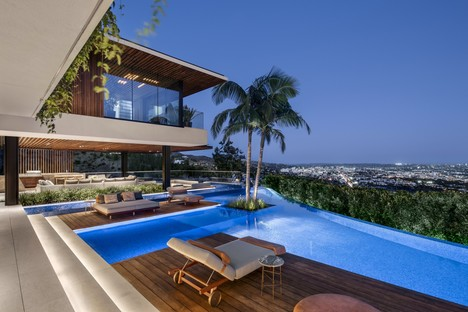 SAOTA Hillside casa con vistas al skyline de Los Ángeles