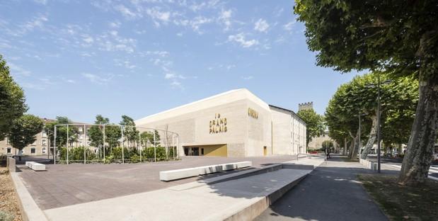 Antonio Virga Architecte Le Grand Palais Cine y Espacio Museístico en Cahors