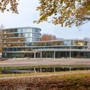 RAU Architekten una catedral de madera para el Triodos Bank en Driebergen-Rijsenburg