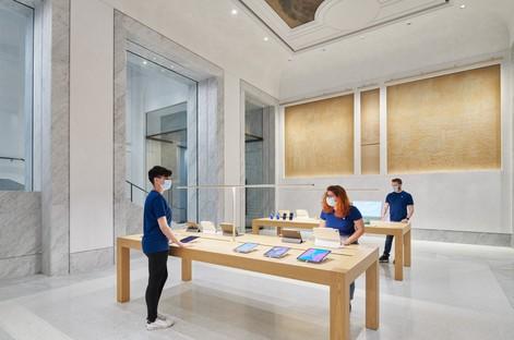 Foster + Partners Apple Via del Corso Roma