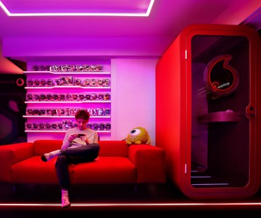 Fabio Novembre proyecta las gaming rooms de Favj y Pow3r