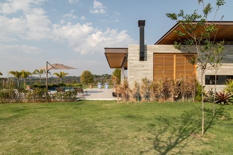 Gilda Meirelles Arquitetura MG House una casa contemporánea en un entorno rural