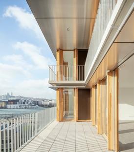 Moussafir Architectes y Nicolas Hugoo Architecture Edificios de uso mixto en París