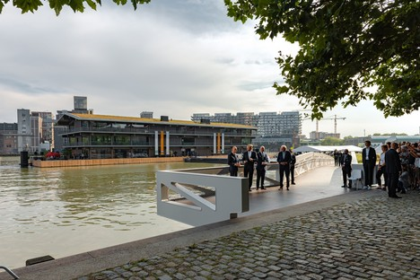 Floating Office Rotterdam, un edificio adaptable al clima de Powerhouse Company