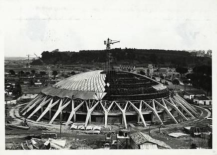 Pier Luigi Nervi, Palacio de Deportes  (Roma). Cortesía de la Fondazione MAXXI