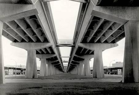 Pier Luigi Nervi, Viaducto Corso di Francia (Roma). Cortesía de la Fondazione MAXXI