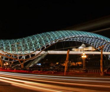 El puente de la paz - Michele De Lucchi