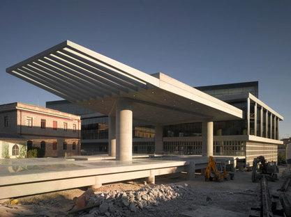 BERNARD TSCHUMI MUSEO DE LA ACRÓPOLIS  DE ATENAS